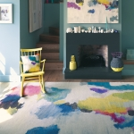 Bluebellgray Nevis - white rug with abstract paint splotch design