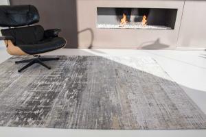 grey louis de poortere abstract rug