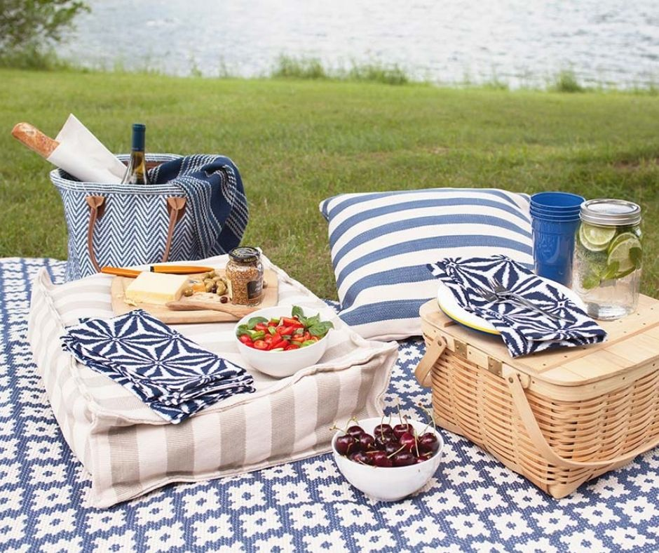 outdoor picnic rug