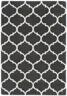 charcoal grey geometric rug with an ogee pattern