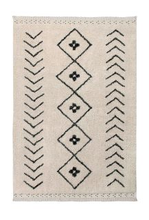Rectangular beige cotton rug decorated with a black moroccan tribal designs