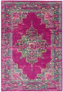 Polypropylene rug with traditional design in fuchsia pink